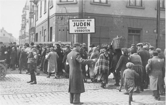 conmemoracion de las victimas del holocausto 4