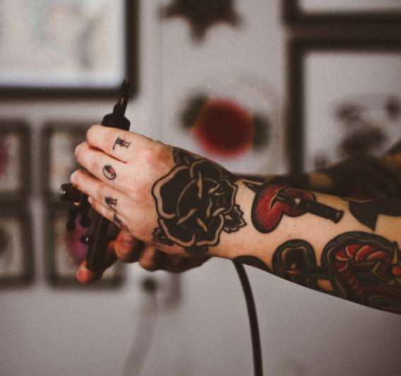 como identificar un buen tatuador 2