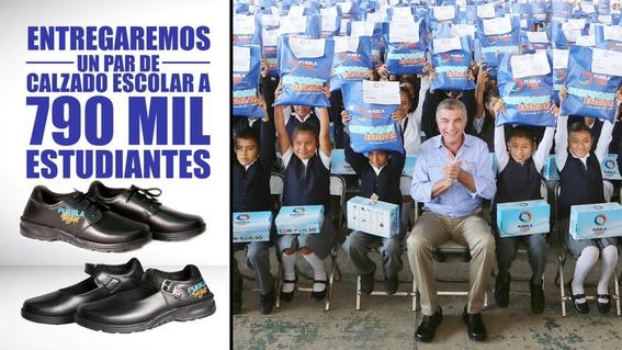 zapatos con logo de gobierno estatal en puebla 2