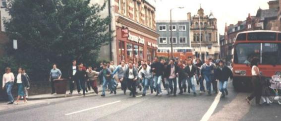 historia de los hooligans 17