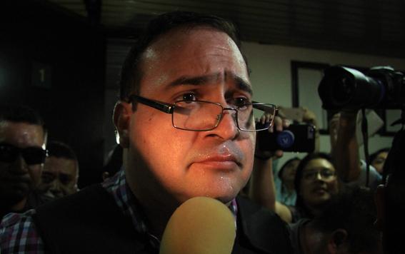 Reclama PGR a España error en extradición de prestanombres de Duarte