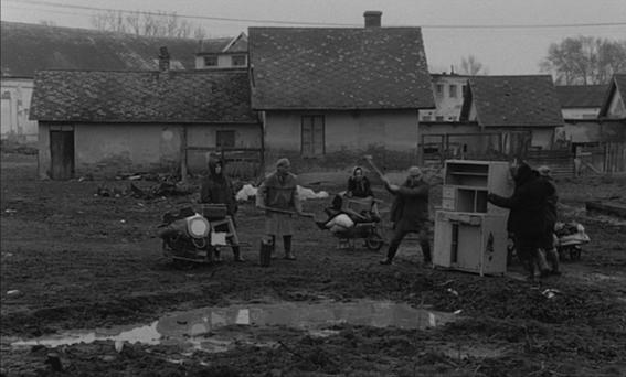 satantango by laszlo krasznahorkai review 2