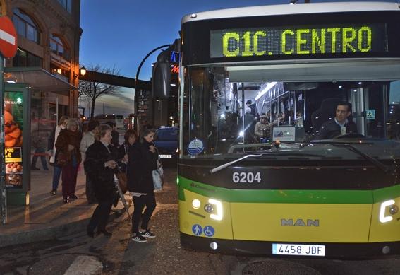 esta ciudad espanola esta dando transporte publico seguro a sus ciudadanas 1