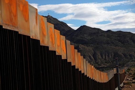 inicia construccion del muro de trump 1