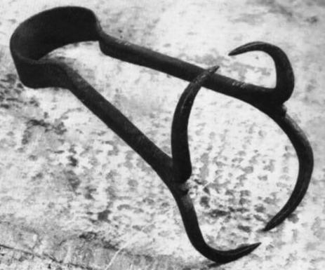 metodos de tortura para mujeres 6