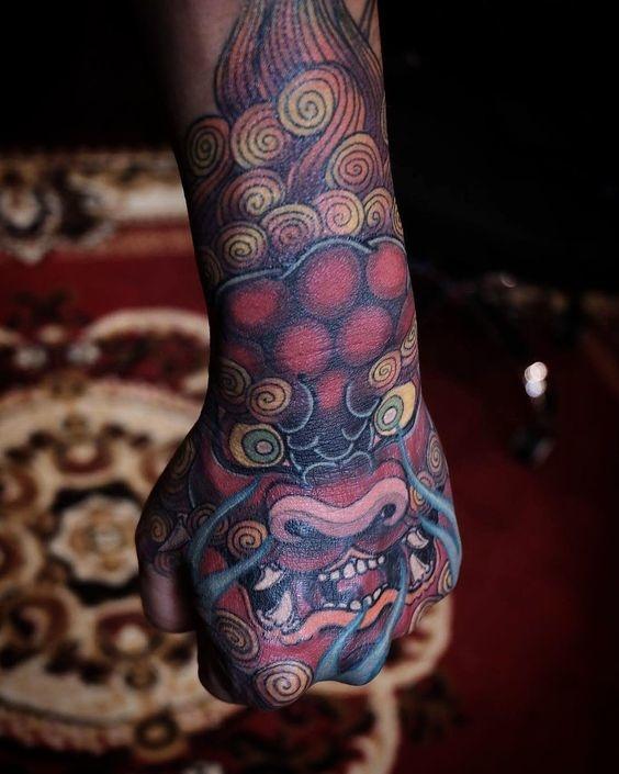 tatuajes en las manos 15