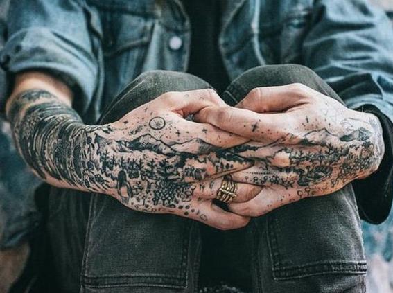 tatuajes en las manos 12