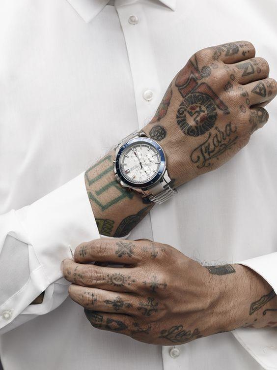 tatuajes en las manos 16