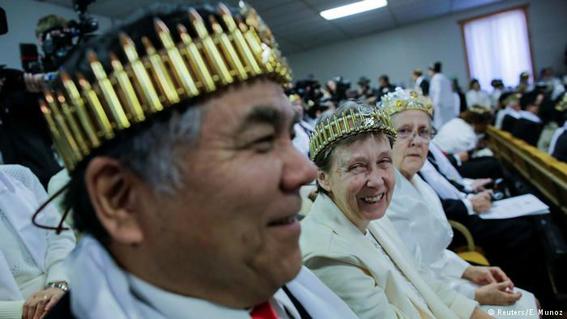 iglesia ultraconservadora bendice armas de fuego en estados unidos 2
