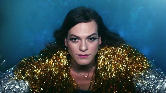 daniela vega primera actriz transexual que presenta un oscar 2