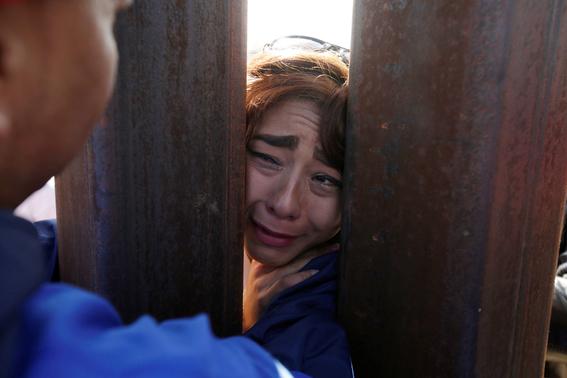 eua demanda a california por proteger a inmigrantes 1