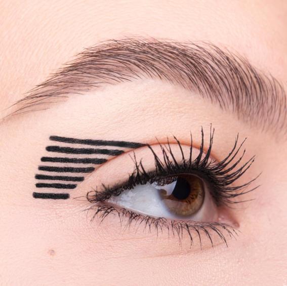 new eyeliner trends 6