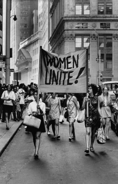 mujeres y su labor en el hogar 3