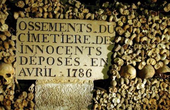 paris catacombs 2