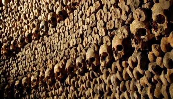 paris catacombs 3
