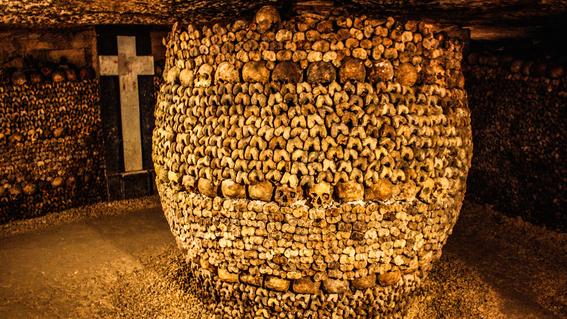 paris catacombs 6