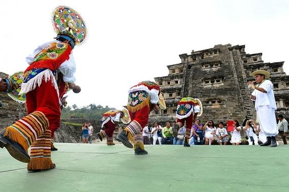 daños a patrimonio cultural por cumbre tajín 1