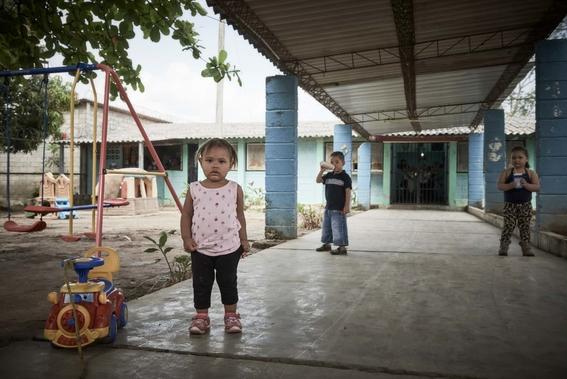 pobreza que viven los ninos de honduras 13
