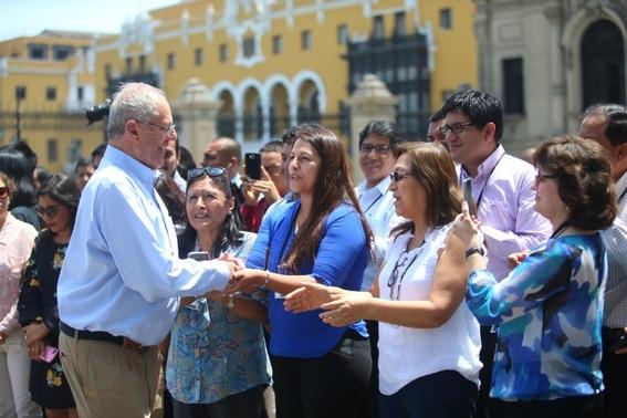 congreso peruano acepta renuncia del presidente kuczynski 1