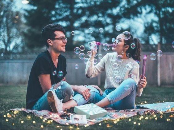 señales de que tu pareja te quiere más 1
