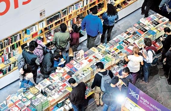 remate de libros en el auditorio nacional 3