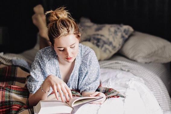 beneficios de leer en la noche 2