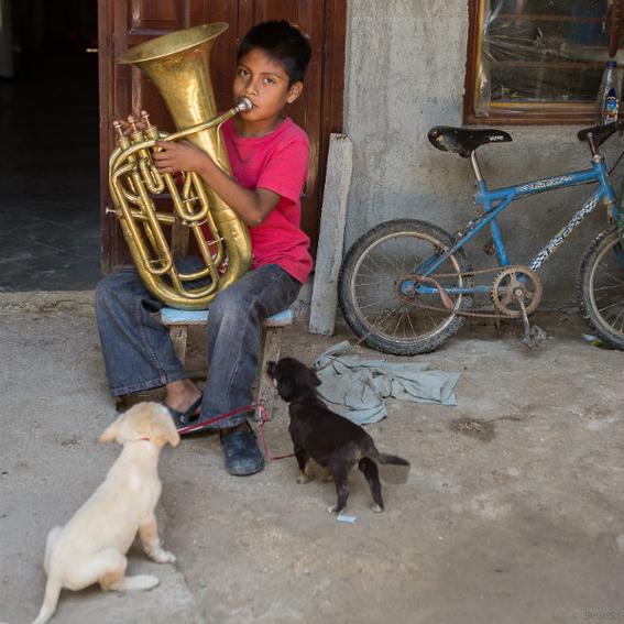 Escuela de música en un basurero de Oaxaca 2