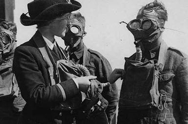 gas masks photos chemical warfare horror 9