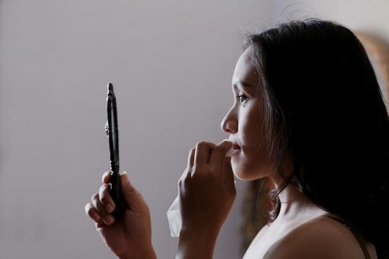senales de que tu maquillaje es de mala calidad 6