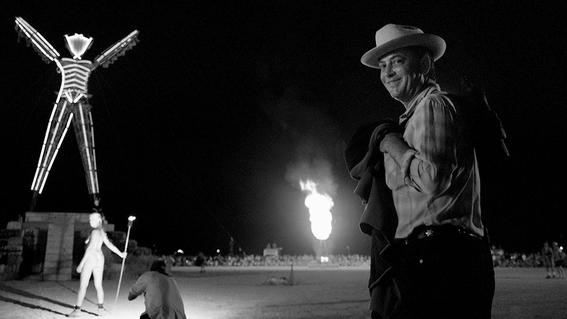 muere larry harvey fundador del festival burning man 1