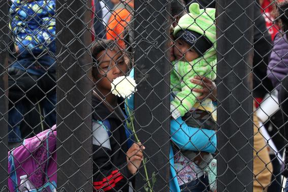 caravana migrante llega a tijuana 2
