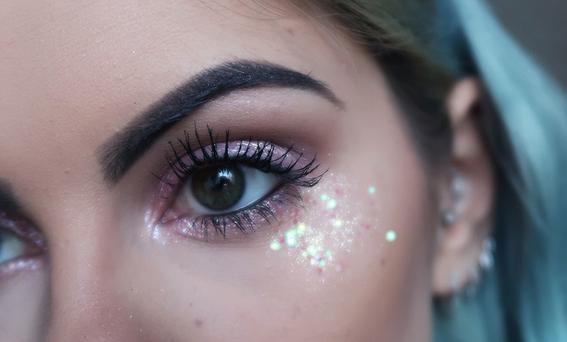maquillaje glitter 1
