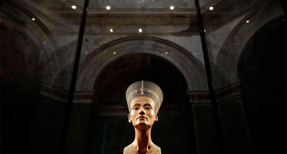 resultado final de camaras secretas en tumba de tutankamon 2