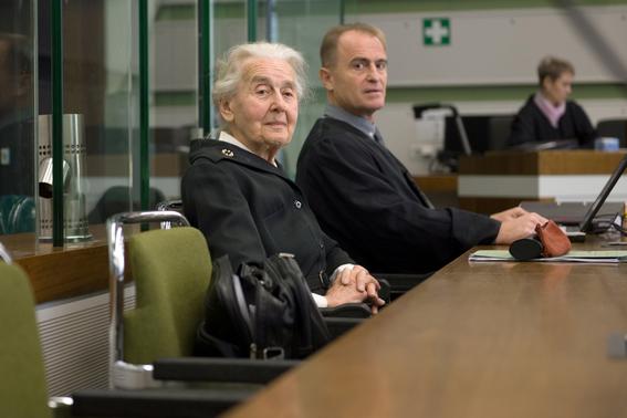 ingresa a prision ursula haverbeck la abuela nazi 1
