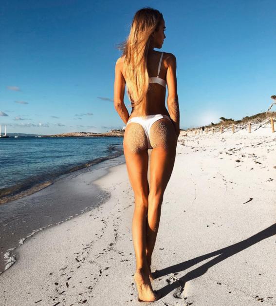 formas de salir perfecta en una foto con bikini 9