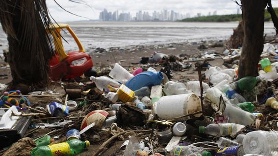 contaminacion por plastico en el planeta 2