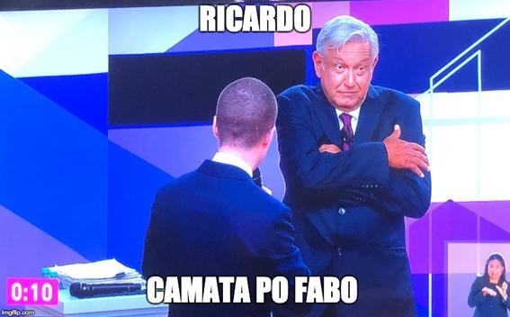 memes del segundo debate presidencial 14