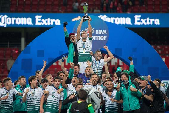 cada que avengers estrena pelicula santos es campeon del futbol mexicano 4