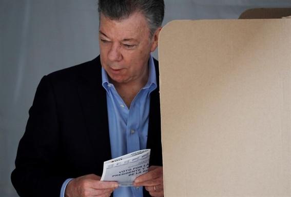 quien gano la primera vuelta de las elecciones en colombia 2