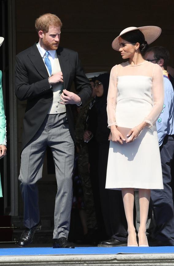 meghan markle royal fashion rules 1