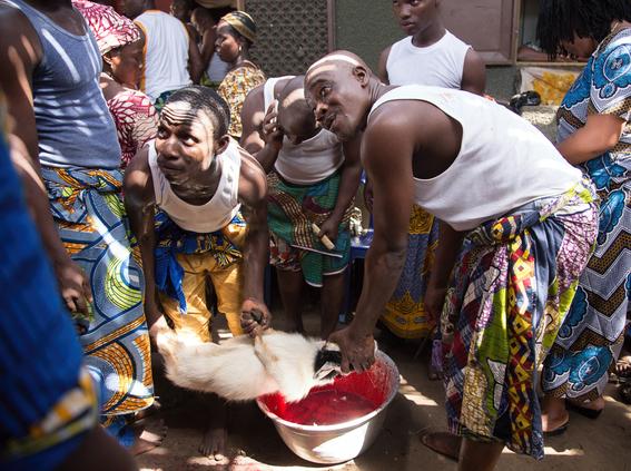 rituales vudu en africa fotos james hopkirk 12