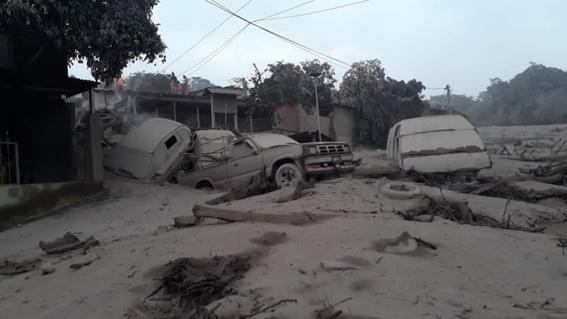 antes y despues de la erupcion en guatemala 13