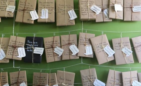 stand feria del libro en tijuana ofrece citas a ciegas con libros 3