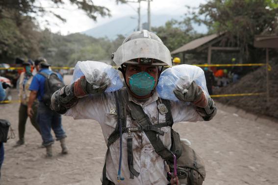 mexico ofrece apoyo tras erupcion volcanica en guatemala 1