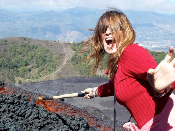 enrique g de la g erupcion del volcan de fuego 1