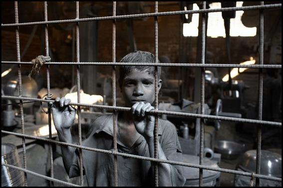 Más de 3 millones de niños trabajan en México