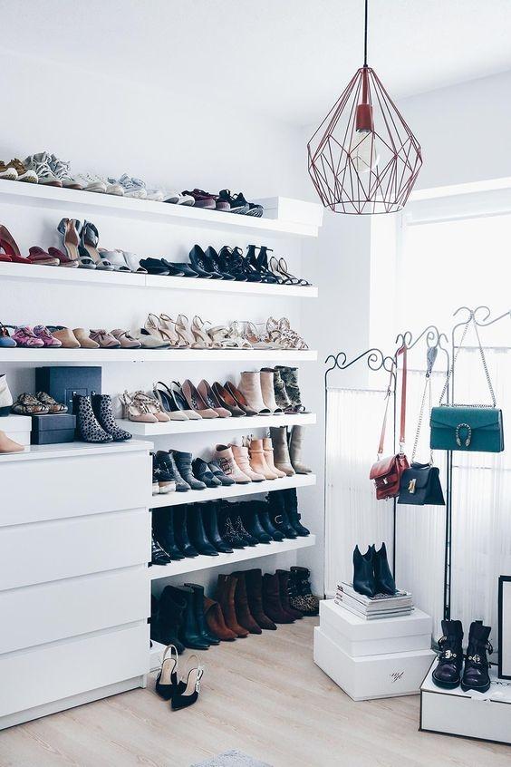 consejos para organizar tus zapatos botas y tenis 6