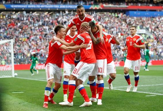rusia gana por goleada a arabia saudita en el juego inaugural 1