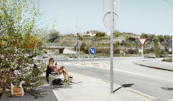 fotografias de txema salvans sobre como se venden las trabajadoras sexuales en las carreteras 15
