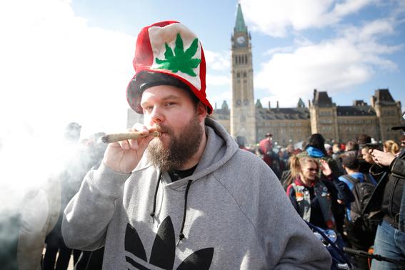 canada legaliza el consumo de marihuana recreativa 1